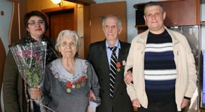 Сотрудники РУСАЛа сделали подарки ветеранам в Саяногорске