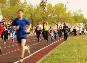 Почти 1300 саяногорцев вышли на старт «Пробегов выходного дня»