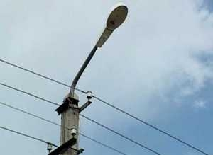 В поселках ремонтируют освещение