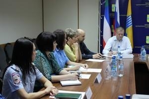 В Саяногорске полицейские и журналисты обсудили проблемы работы с подростками, вступившими в конфликт с законом