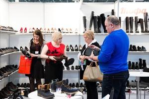 На осенней выставке «СибШуз» специалистам обувной индустрии представят коллекции весна-лето 2017