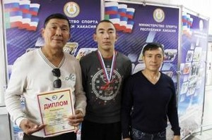 Самбист из Хакасии стал вторым в чемпионате азиатской части России