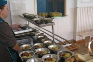Продукты для школьников Саяногорска хранили с нарушениями