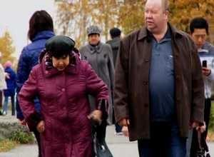 Саяногрских пенсионеров научат работе с компьютером