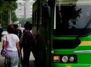 Сотрудники ГИБДД выявили 52 нарушения у пассажироперевозчиков