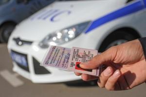 944 жителя Хакасии лишились водительских удостоверений из-за долгов