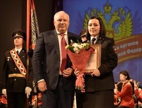 Глава Хакасии наградил сотрудников полиции