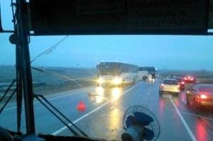 На трассе Абакан - Саяногорск образовалась огромная пробка из-за аварии