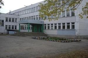 Как власти Саяногорска не сопротивлялись, их заставят отремонтировать школу