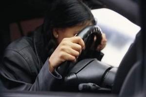 Жительница Хакасии попалась пьяной за рулем по пути за добавкой