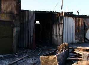 В Саяногорске сгорело сразу три гаража