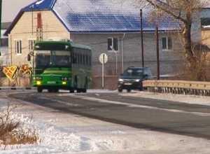 В Саяногорске водитель халатно отнесся к маленьким пассажирам