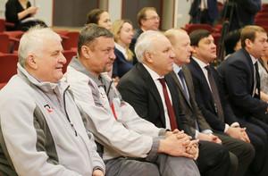 Глава Хакасии посетил предприятие РУСАЛа в Саяногорске