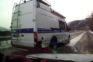 Водитель криминалистической лаборатории МВД Хакасии привлечен к ответственности