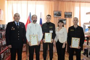 За оперативное задержание преступника саяногорские частные охранники поощрены благодарностью начальника ОМВД