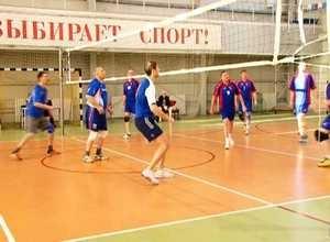 «Предприниматели» выиграли волейбольный турнир Спартакиады первых руководителей Саяногорска