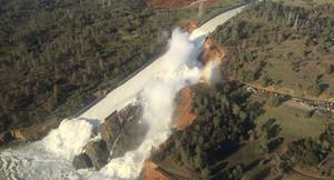 Калифорнийская угроза: в США может обрушиться самая большая плотина