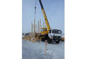 В Хакасии в Орджоникидзевском районе полным ходом идут работы по ремонту моста через реку Белый Июс