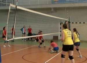 Чемпионом Саяногорска по волейболу стала команда «Импульс»