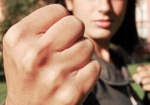Нетрезвая жительница Саяногорска избила и ограбила мужчину
