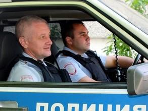 В Саяногорске росгвардейцы задержали ударившего ножом женщину