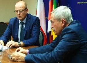В Саяногорске рабочую встречу провел министр здравоохранения Хакасии