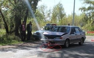 В Хакасии пенсионерка на иномарке вылетела на главную дорогу и врезалась в «Ладу»