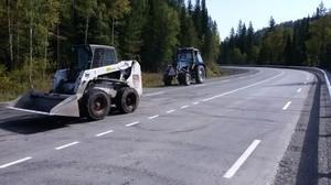 Несмотря на осень в Хакасии продолжается ремонт дорог