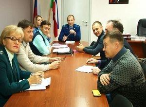 Предприниматели Саяногорска поделились своими бедами с прокурором города