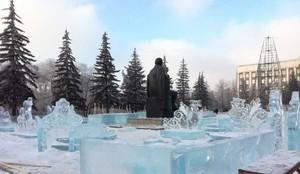 В Хакасии устанавливают правительственную елку