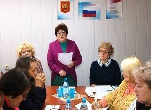 Общественникам Саяногорска рассказали о налогах и льготах