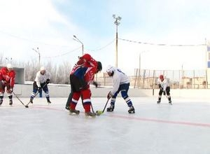 Хоккеисты команды Лазурит — Саяногорск без поражений проходят Чемпионат РХ