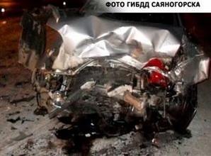 В Саяногорске в ДТП пострадали не пристегнутые водитель и пассажир