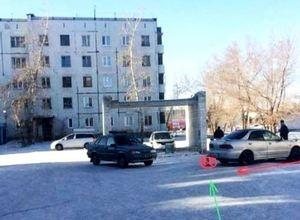 В одном из дворов Саяногорска был сбит пешеход