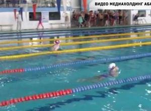 В Хакасии стартовало открытое первенство по плаванию