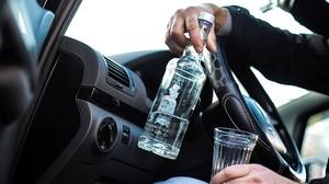 В Саяногорске сотрудники патрульно-постовой службы задержали пьяного автолюбителя