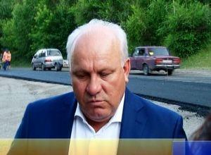 Глава Хакасии проинспектировал ремонт дорог в Саяногорске