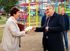 Еще три игровых городка во дворах Саяногорска открыты для детворы