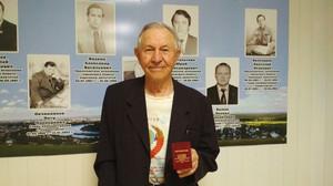 84-летний житель Хакасии получил золотой знак ГТО