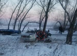 Житель Хакасии разбился насмерть на угнанной машине