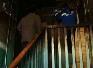Два человека эвакуированы при пожаре в Майна