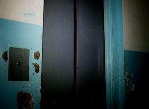 В Саяногорске заменят 27 лифтов