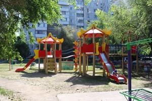 Жители Саяногорска могут получить 50 тысяч рублей на озеленение сквера или двора