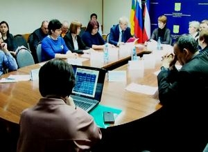 В Саяногорске обсудили острые вопросы по занятости населения