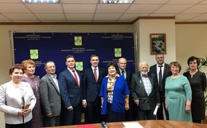Глава Хакасии встретился с ветеранами и представителями общественности города Саяногорска