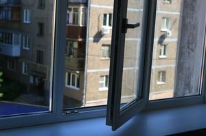 Чудом уцелел после падения с пятого этажа мальчик в Хакасии