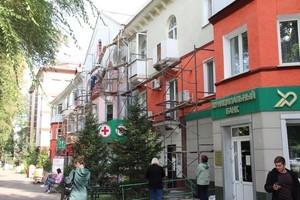 В Хакасии завершается капремонт плоских кровель и фасадов
